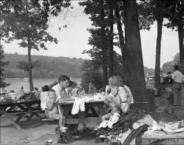 Picnicking in the 1960s at GLP